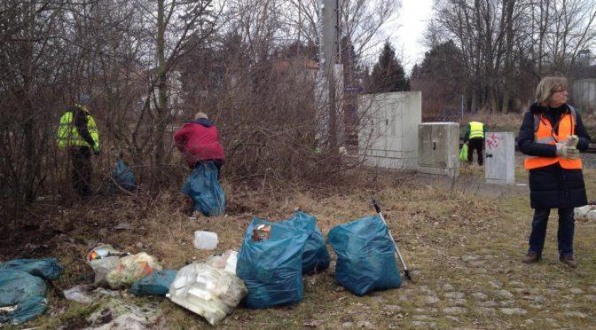 Der Osterputz in Schladen brachte einen Müllberg zu Tage