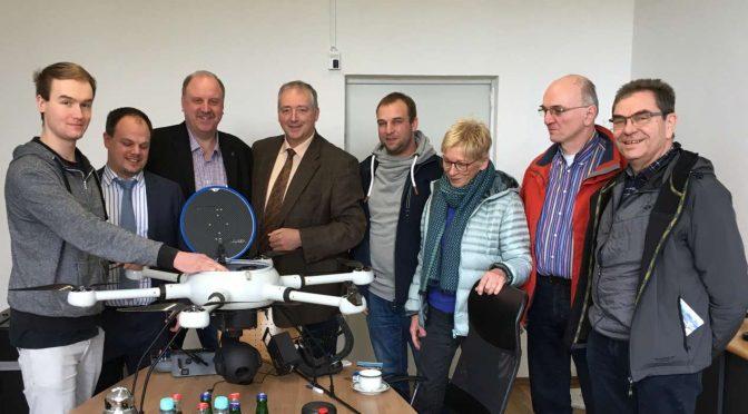 Pressebericht: Info-Besuch bei Drohnenhersteller